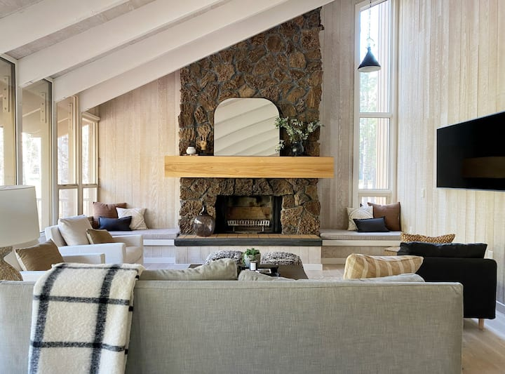The Black Beaut Cabin
