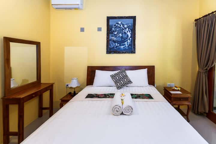Dekwahhomestay room 1