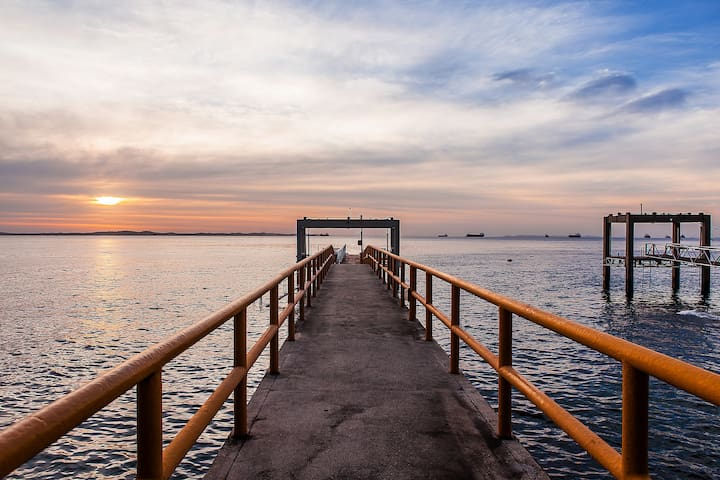 Loft em Salvador ,  acesso baía por píer privativo
