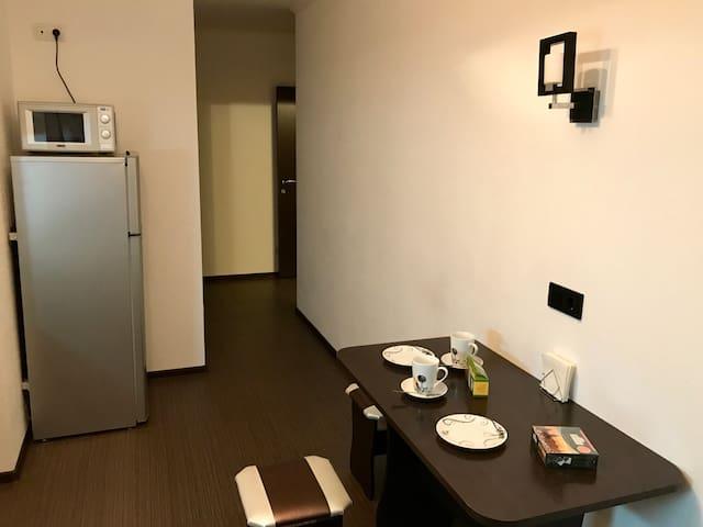 Кухня и коридор