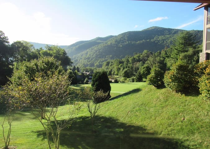 Luxury Cabin Condo at Maggie Valley Country Club