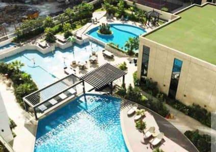 Bright Seaview & Relaxing. Luxury Resort Style Apt