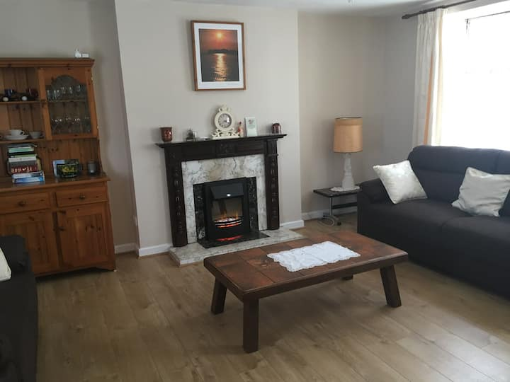Two bed apartment in Clogheen