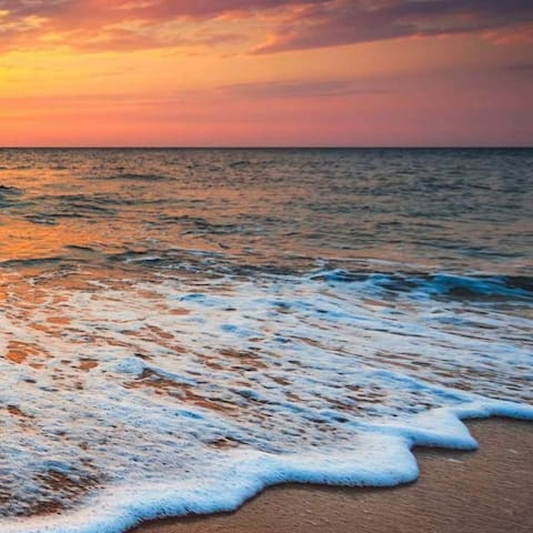 Sonnenuntergänge beobachten und genießen bei uns am Strand
