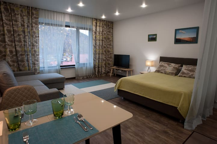 Romantic place apartment in Baikal Hill Listvyanka