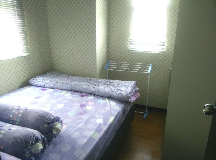 Main Bed room                 ( Queen Size)