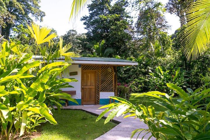 Passion Fruit Lodge Casa Guayaba