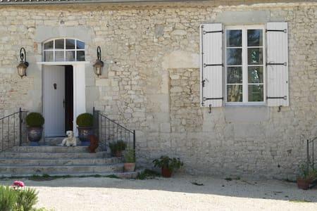 The Lodge, Chateau de St Paul.