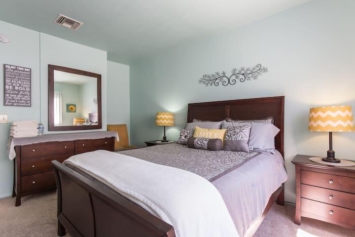 room 1 bedroom suite pool sauna in los angeles california united