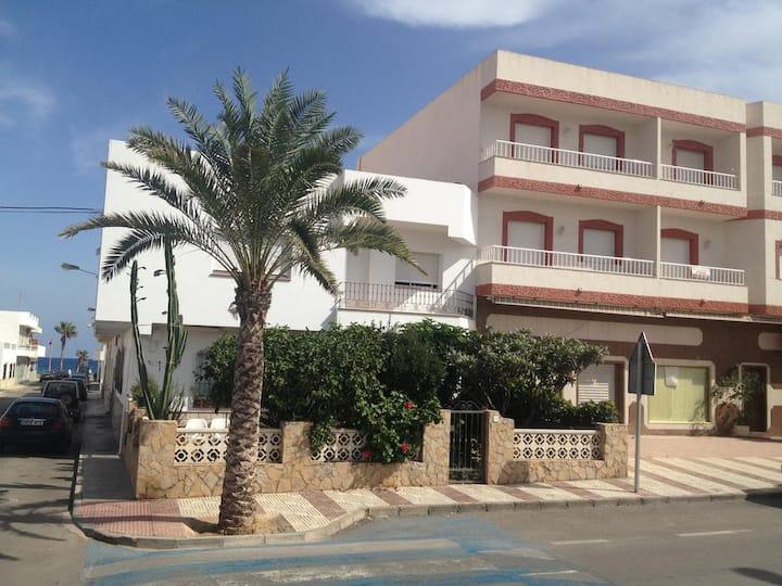 Apartamentos El Sol Andaluz, una habitación.