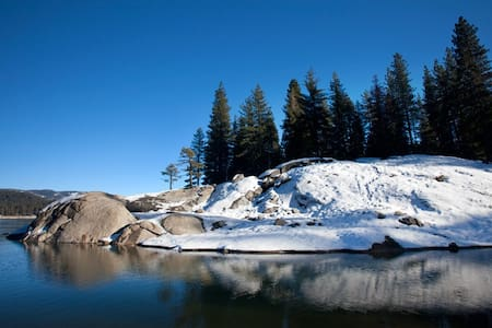 Shaver Escape, Sweet Holidays - Shaver Lake