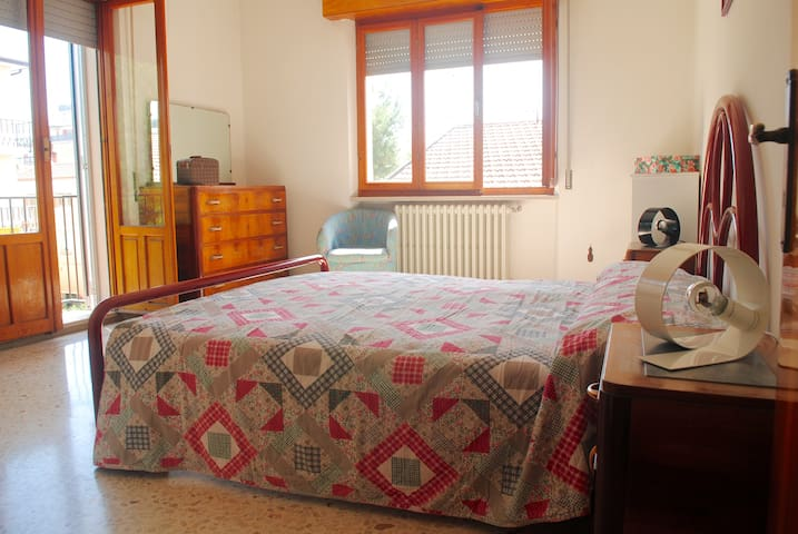 Central apartment 100m from the sea - Porto San Giorgio - Apartamento