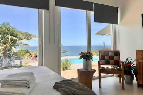 Studio with the stunning pool and sea view