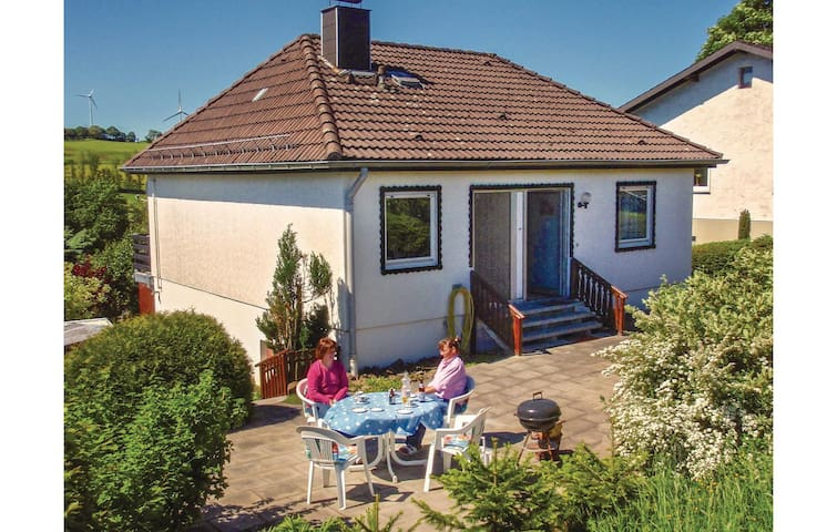 Holiday cottage with 2 bedrooms on 70m² in Hallschlag