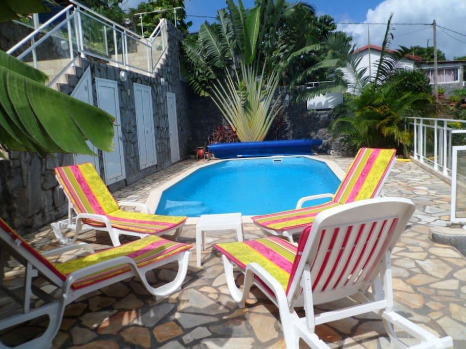 case cr ole neuve piscine vue lagon appartements louer saint leu saint paul r union. Black Bedroom Furniture Sets. Home Design Ideas