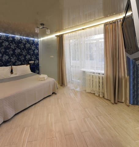 Luxury 2 Rooms Apartments in Center by Green House