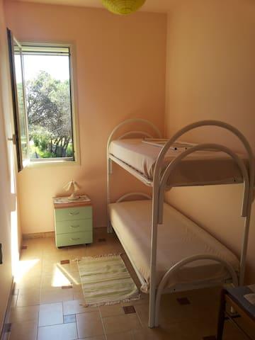 Seconda camera da letto con letto a castello