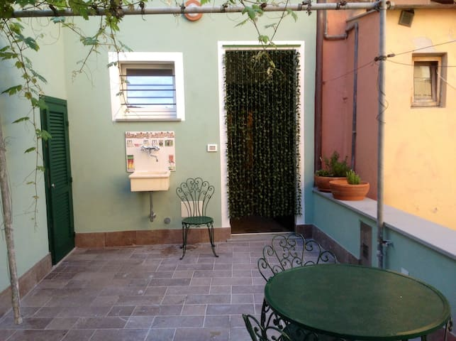 50 meters from the sea - Finale Ligure - Apartament