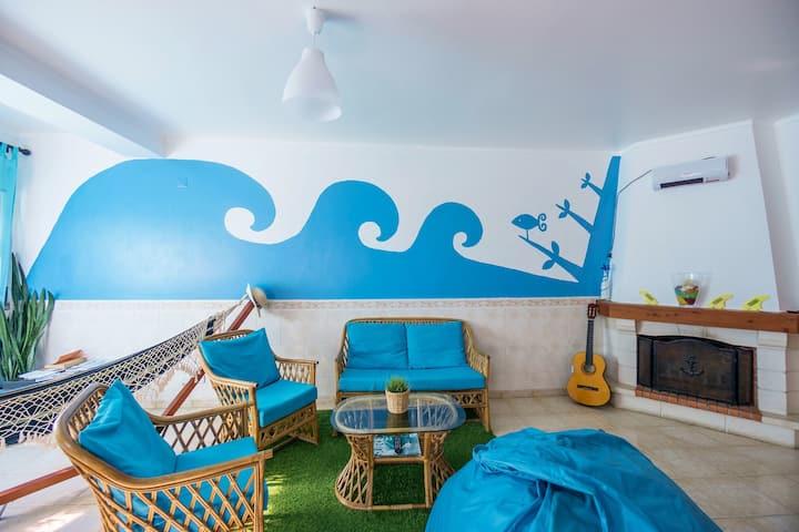 H2O Surfguide Hostel - Couple room