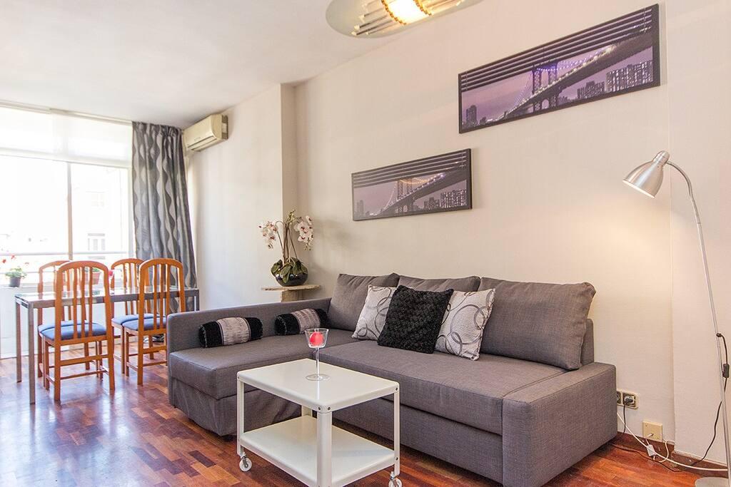 Bonito y centrico apartamento appartamenti in affitto a for Appartamenti in affitto a barcellona