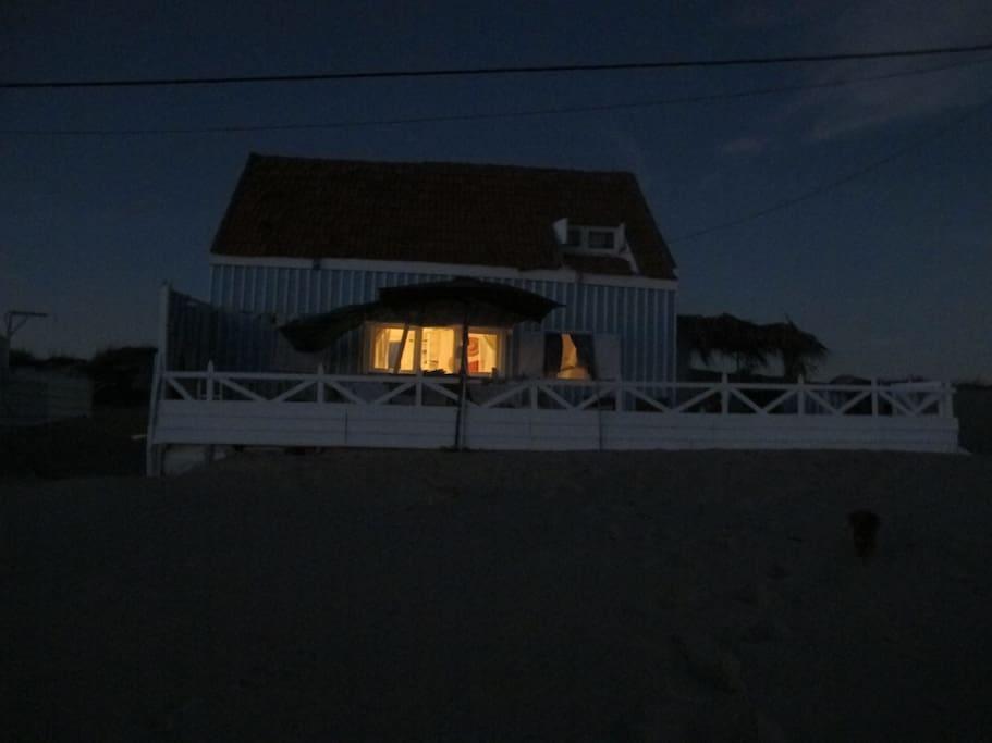 Exterior noite