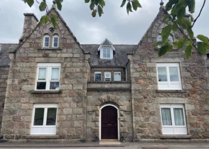 Gorgeous Apartment in the Heart of Royal Deeside