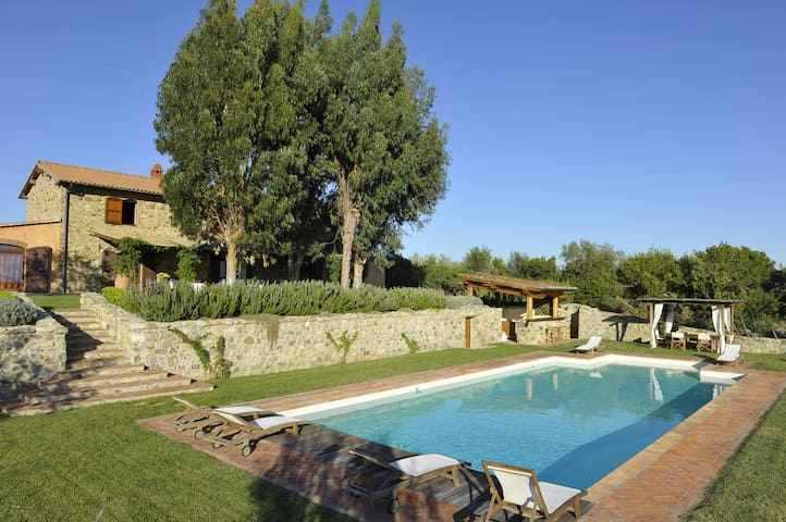 Stone house with beautifuful pool - Monterotondo marittimo - Villa