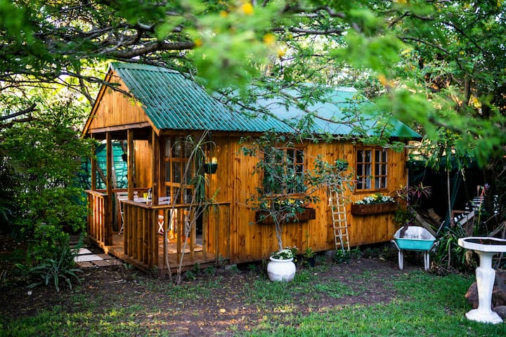 Figtree Cabin