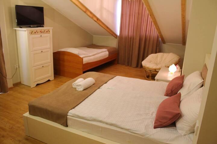 Chateau Demi - эко- курорт,в 25 мин.  от Тбилиси.