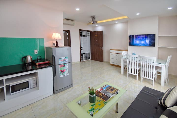 Apartment for rent on the beach, central city