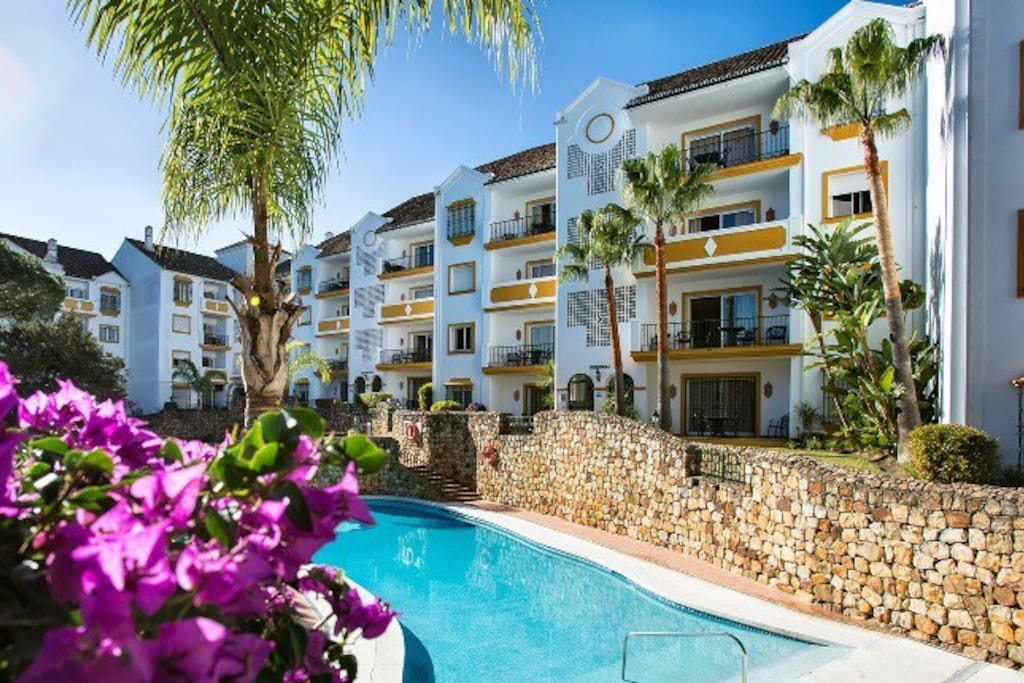 Appart h tel alanda club marbella appartements louer for Louer appart hotel
