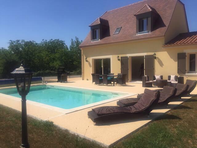 Maison toute neuve 6 pers + piscine - Saint -julien-de-lampon - Villa