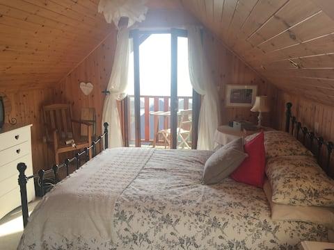 Portscatho Lodge, Fab Sea Views and Dog Friendly!