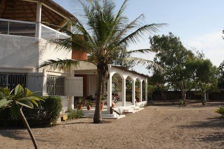 Keur Malola, villa au Sénégal - Mbodiene - House