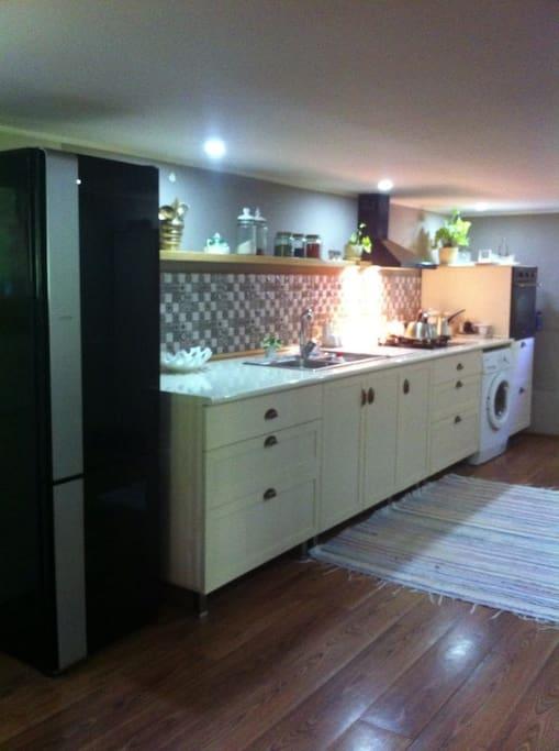 Кухня-1 етаж