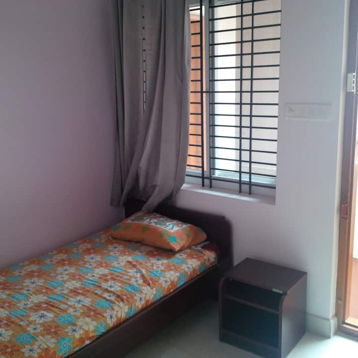Melrose Place Gokulam Cozy studio apartment.