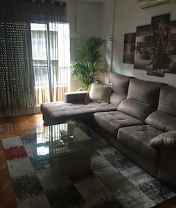 Nice  room with a private bathroom - Barcelona - Apartment