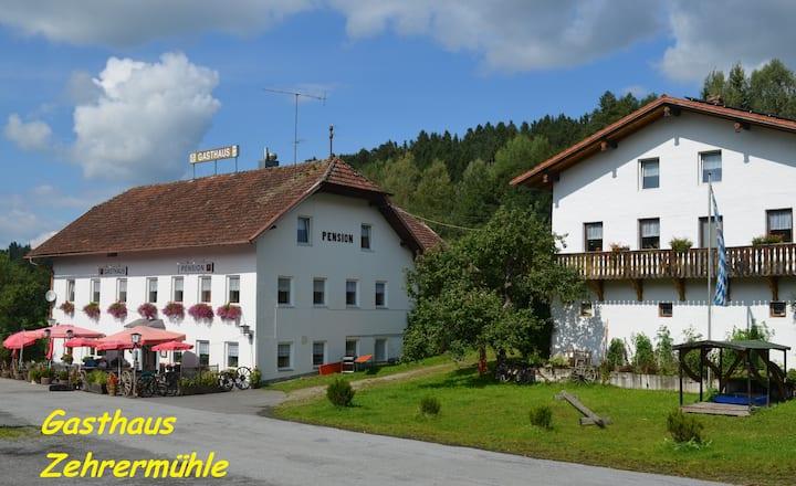 Haus bei Mühle, ruhige Alleinlage