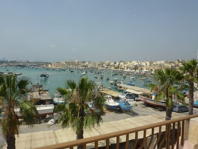 Seafront and charming - Marsaxlokk - Byt