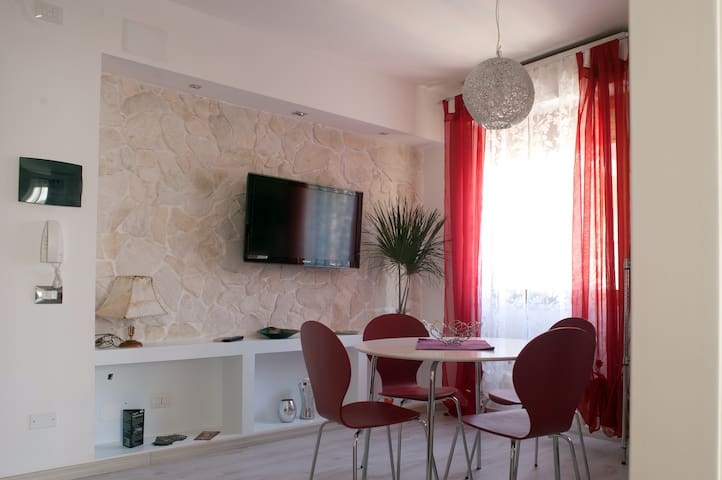 Two-roomed flat near the beach - Quartu Sant'Elena - Apartment