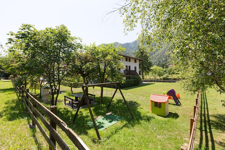Cozy apartment only 100 mt to Lake - Pieve di Ledro - Apartment