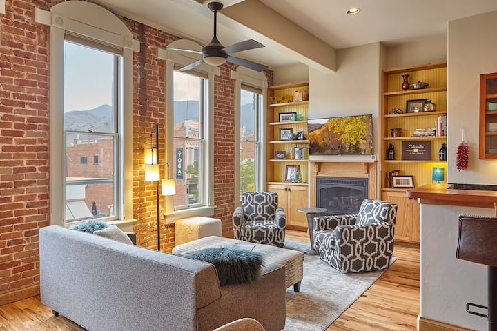 Downtown Loft in Historic Savoy Building STR #0700