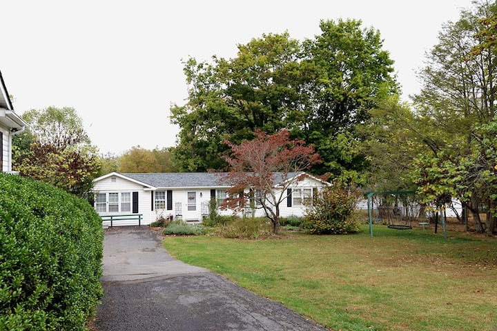 The Cottage on Edgar Drive