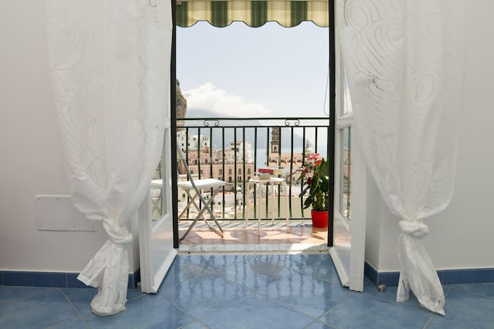 Casa Mika  Cozy apartment in Atrani - Atrani - House