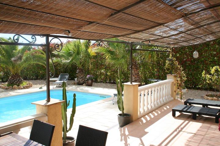 Villa avec Piscine - Le Muy - Casa