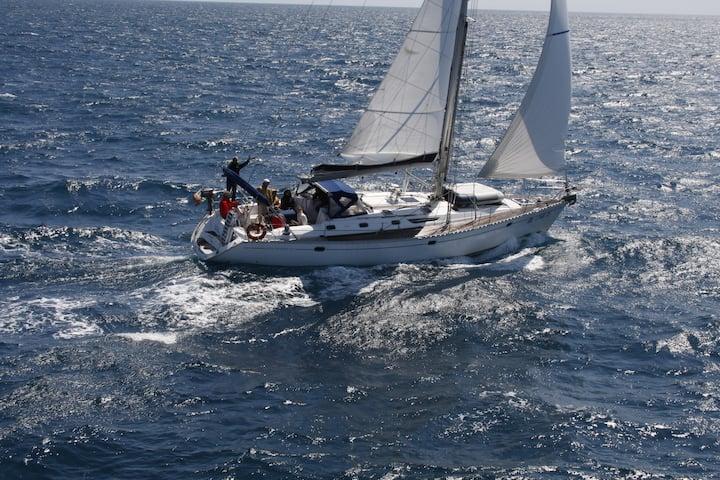 A bordo di una barca a vela di 16 metri ad Andora