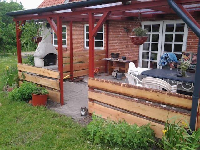 Landhus omgivet af natur - Kibæk - Casa