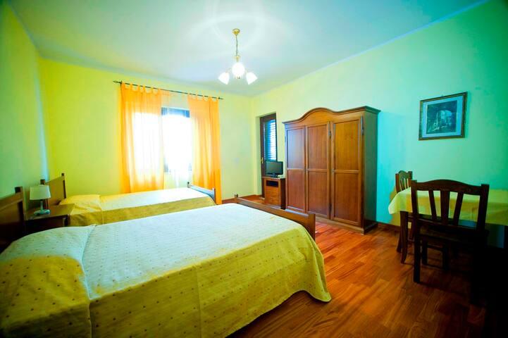 Camera Doppia con doccia Jacuzzi - Reggio Calabria - Penzion (B&B)