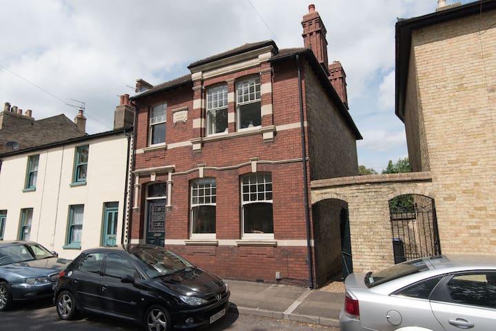 Large Victorian Home near Cambridge - Ely - Casa