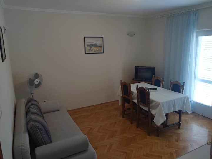 Apt.1 center Novalja for 4 people
